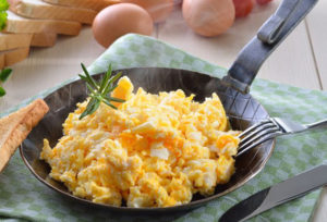 Country Fresh Scrambled Eggs Recipe