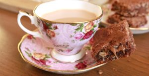 cup-of-tea-with-peanut-butter-brownie-300x154-7914141