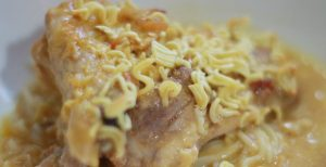 chicken-noodle-casserole-close-up