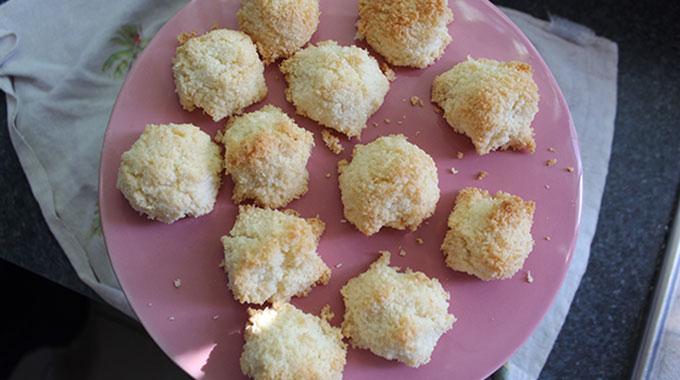 coconut-macaroons