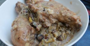 white-sauce-with-chicken-on-plate