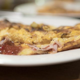 italian-omlette-with-relish-320x320