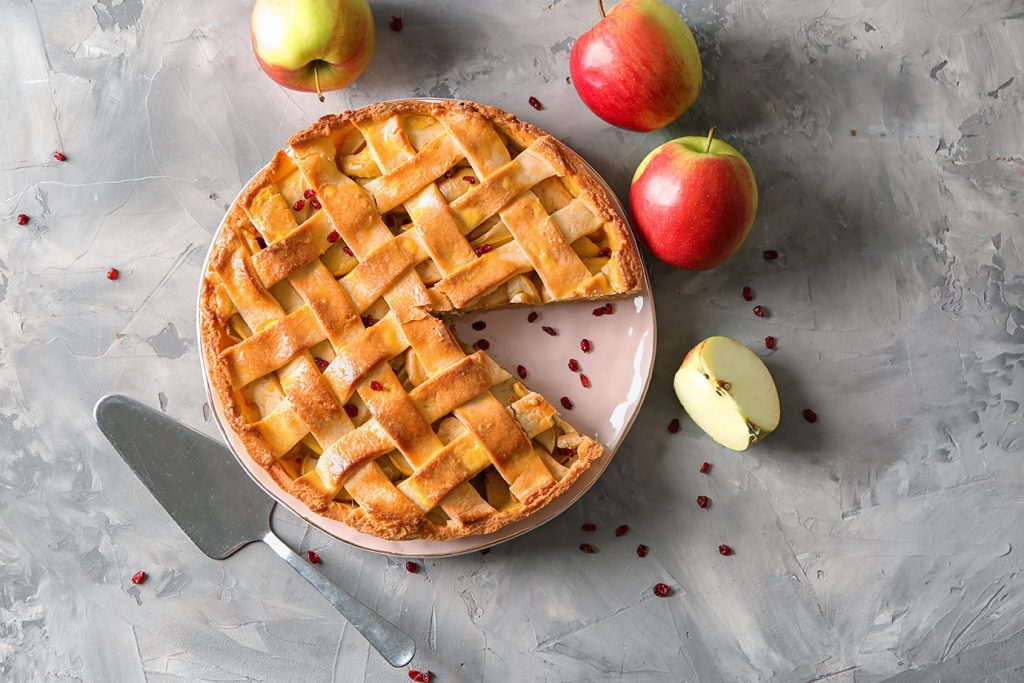 apple-cranberry-pie-top-view